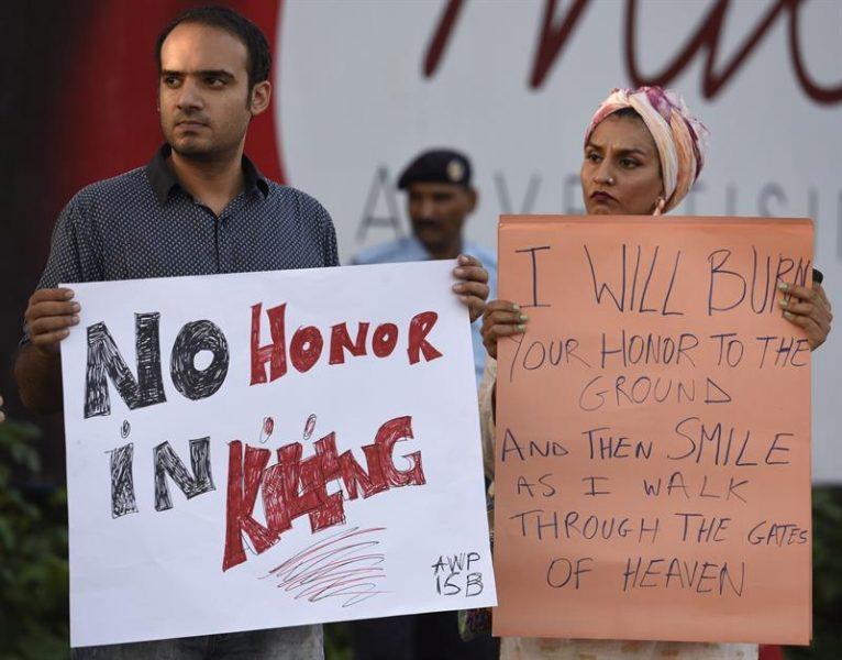 Protestas contra los crímenes de honor en Pakistán