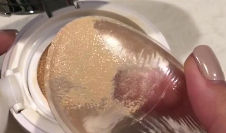 Nueva esponja de maquillaje transparente