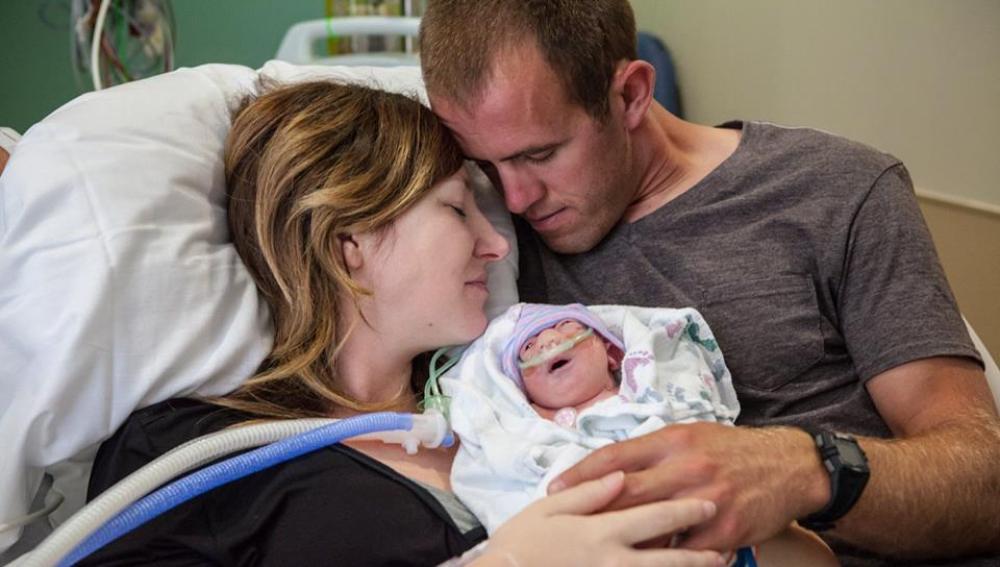 Decide tener a su hija enferma para poder donar sus órganos