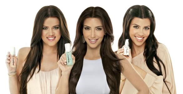 Las Kardashian sacan una línea de belleza