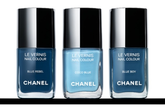 Chanel viste tus uñas de denim