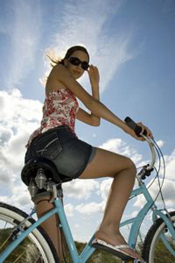 El truco del día: si quieres unas piernas y glúteos firmes, ¡apuesta por la bicicleta!