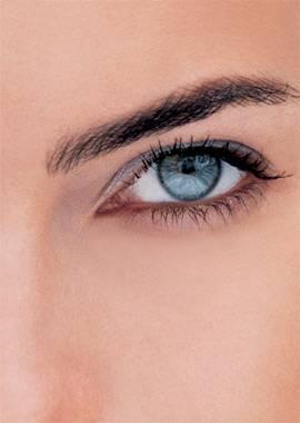 Todo lo que querías saber sobre el contorno de ojos y nunca te atreviste a preguntar