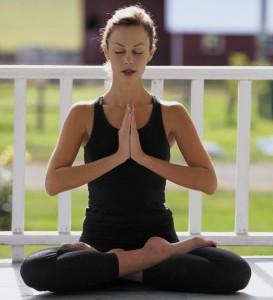 Comienza el curso con buenos propósitos ¡Haz yoga!