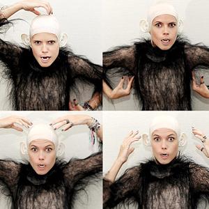 La reina de Halloween, Heidi Klum, se ha vestido de mono este año