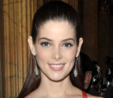 Ashley Greene, ¡ese peinado no te favorece nada!