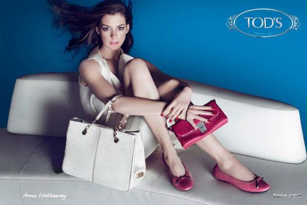 La versión más pavi-sosa de Anne Hathaway para Tod's