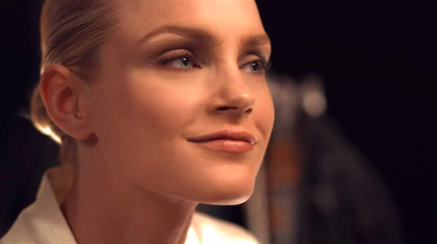 Tutorial con la modelo Jessica Stam y la experta en maquillaje Pat McGrath
