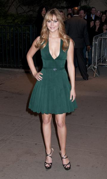 Jennifer Lawrence va de mal en peor con sus estilismos para las presentaciones de Los Juegos del Hambre