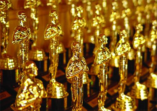¡Vota! ¿Quién te ha parecido la mejor vestida de los Oscars?