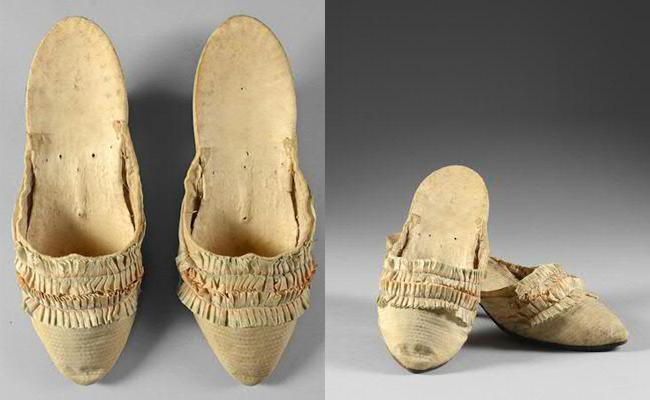 Se subastan unos zapatos originales de María Antonieta