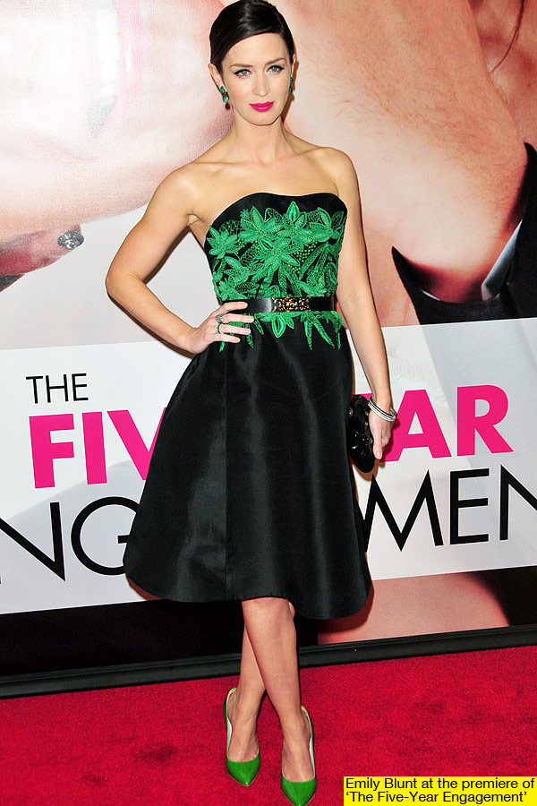 El look de Emily Blunt en la premier de Five Years Engagement