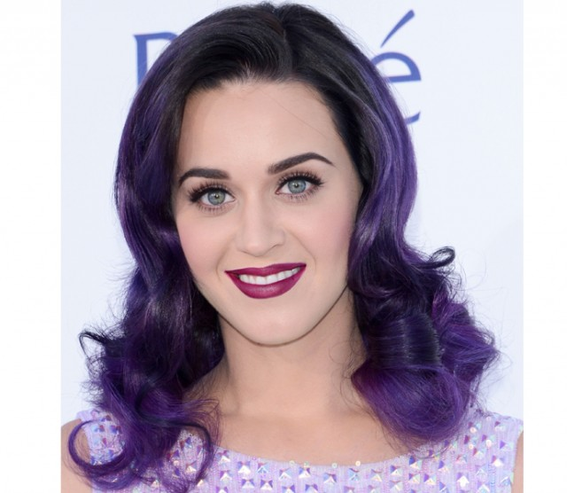Consigue los labios color mora de Katy Perry en los Billboard Award's