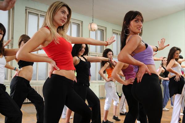 Todos a practicar Zumba, el último fenómeno del fitness