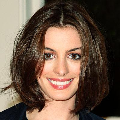 ¿Sabías que un buen corte de pelo te puede garantizar un pelo más sano?