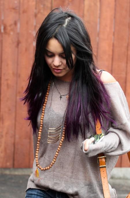 ¡Sorpresa! Vanessa Hudgens le ha robado a Katy Perry el look peli-morado
