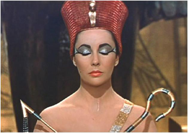 Cleopatra ya se hacía la manicura