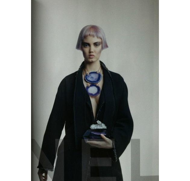 Melenas y flequillos muy cortos en la publicidad de Chanel para el otoño 2012