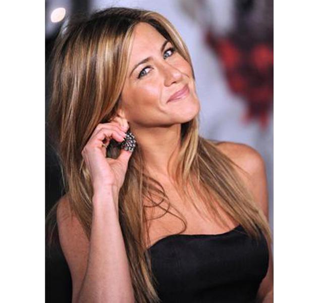 Jennifer Aniston se convierte en imagen para una firma de productos para el pelo