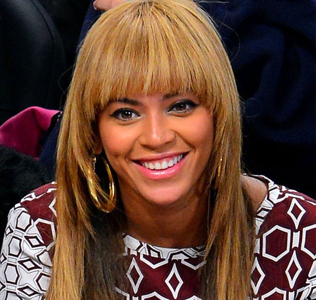 ¿Qué os parece el flequillo desfilado de Beyoncé?
