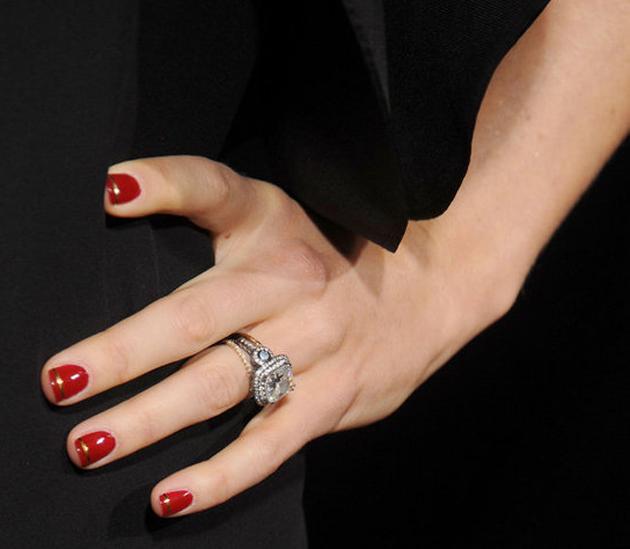 Manicura de Jessica Biel en la premiére de L.A. de Hitchcock