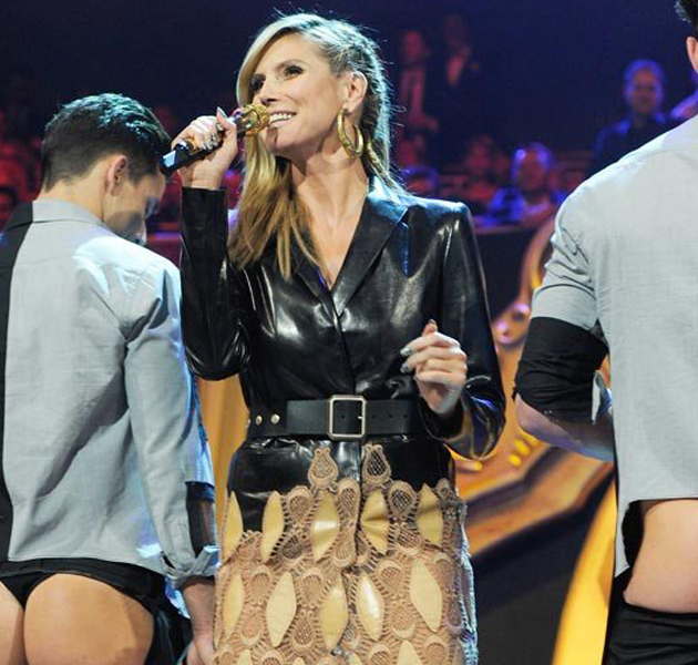 Los 6 cambios de vestuario de Heidi Klum en los MTV EMA's