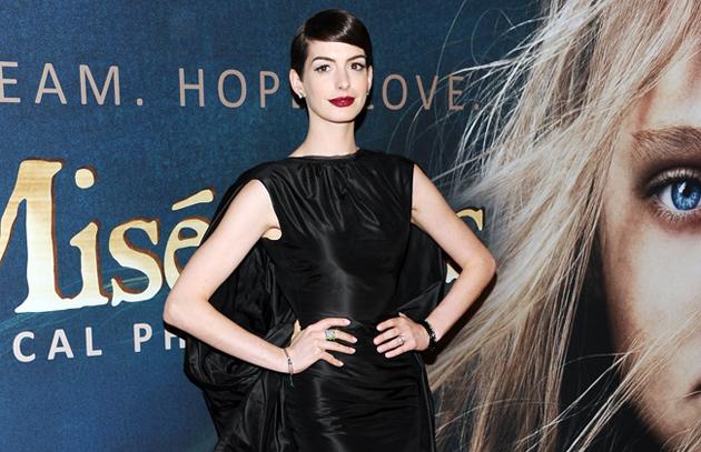 Anne Hathaway comparte sus secretos de maquillaje