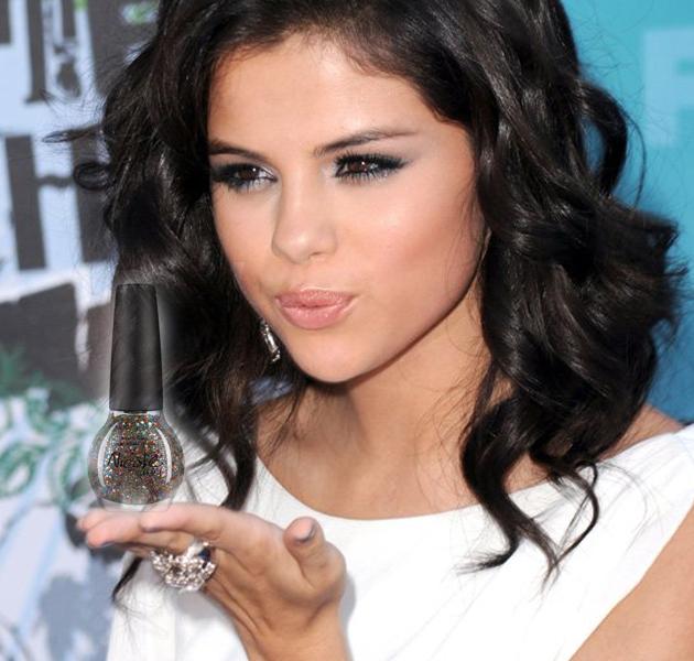 Selena Gomez tendrá colección de esmaltes propia