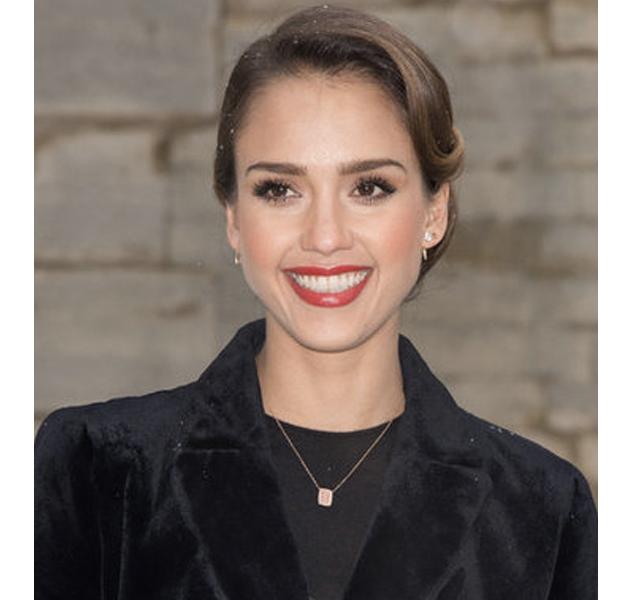 Los labios rojos, los preferidos de las celebrities en la Semana de la moda de la alta costura