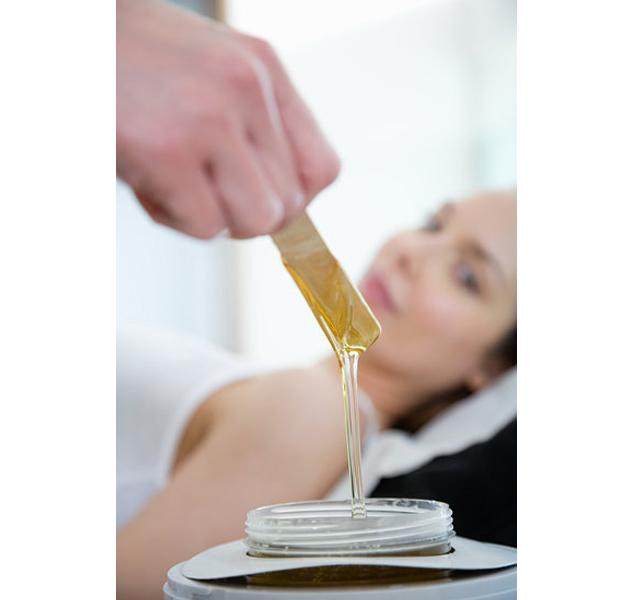 Truco de belleza: Exfolia la piel antes de depilarte