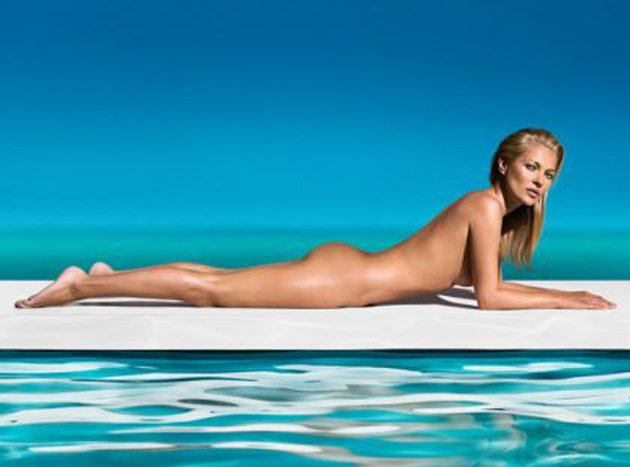 Kate Moss desnuda para anunciar autobronceadores