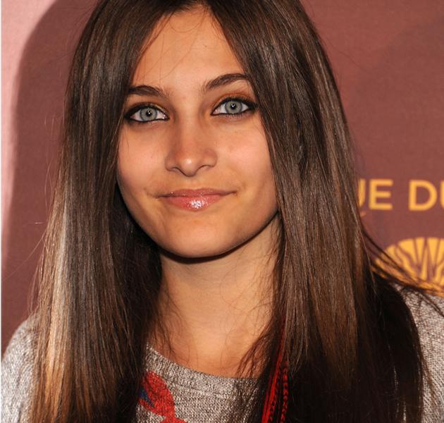 La hija de Michael Jackson, Paris, se intenta suicidar