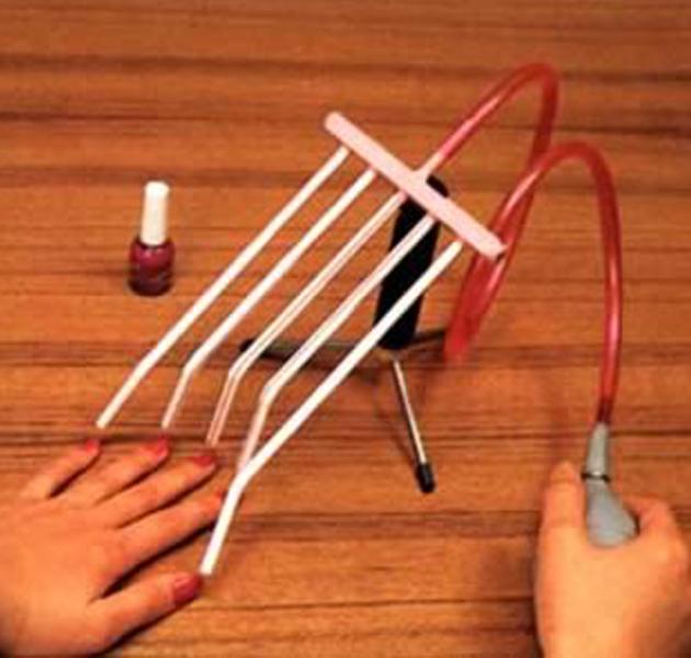 El secador de uñas más raro de la historia