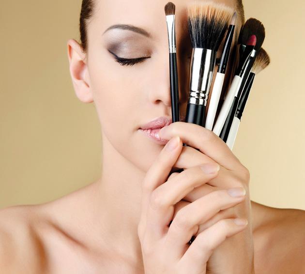 ¿Cómo maquillar y disimular el acné?