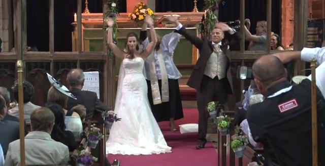 Flash mob en una boda muy original