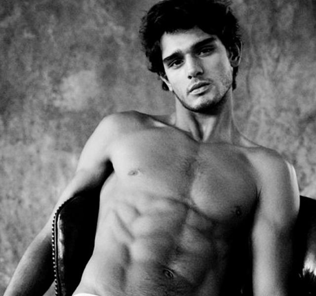Marlon Teixeira desnudo el modelo brasileño de Diesel