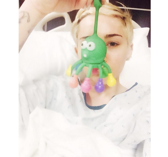 Miley Cyrus ingresada de urgencia en el hospital