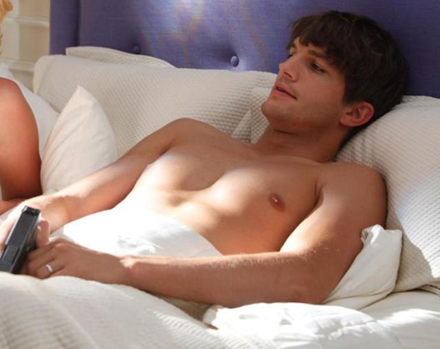 Ashton Kutcher desnudo