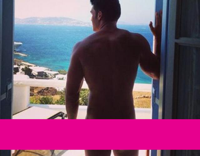 El tronista de MYHYV Alberto Santana desnudo en Instagram