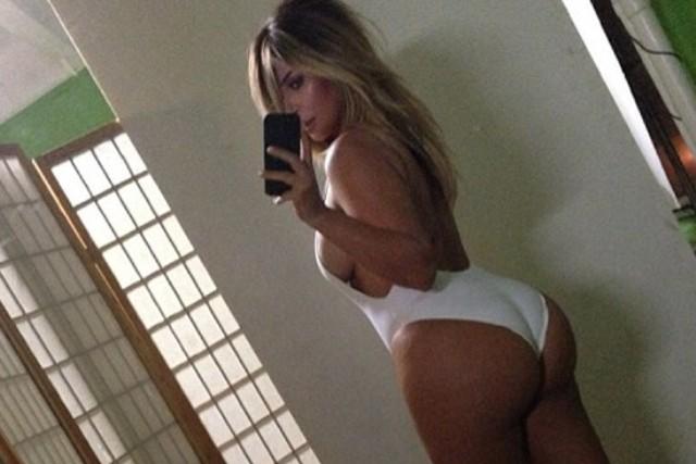 Más fotos sexuales de Rihanna y otras famosas desnudas
