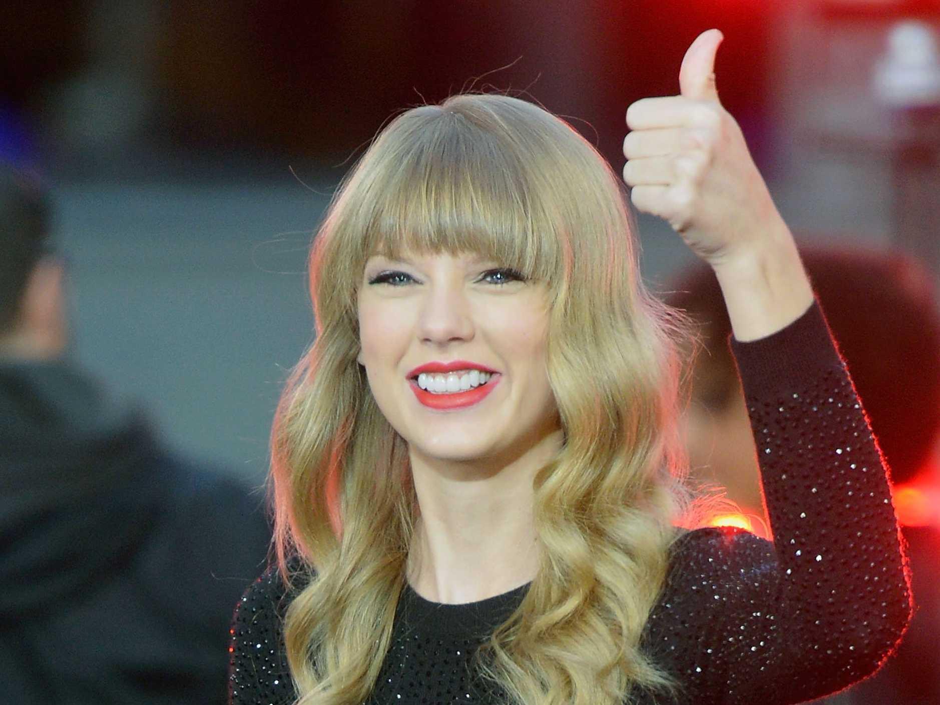 Taylor Swift, la mejor vestida del año para People