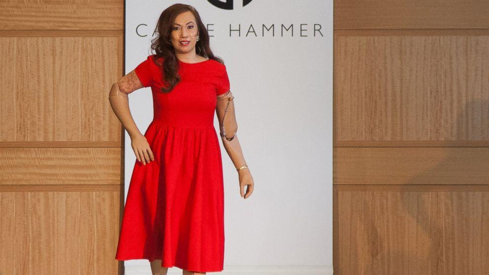 Una modelo amputada es la sensación del Fashion Week de NY