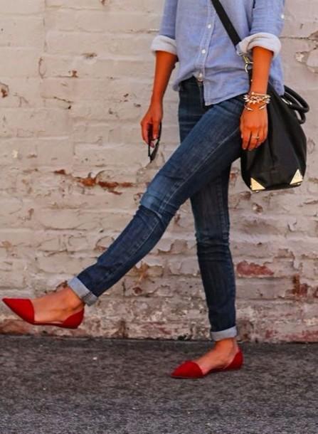 ¿Por qué el calzado plano duele más que un tacón?