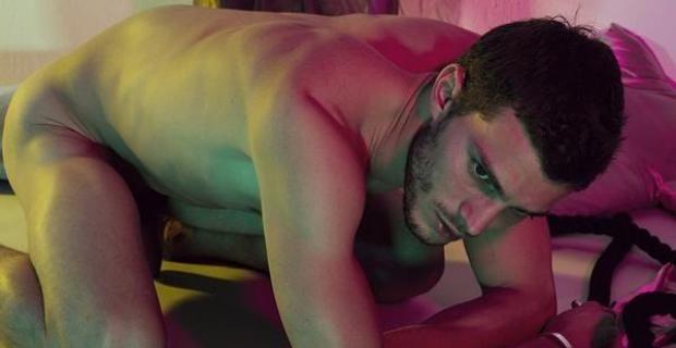 Jamie Dornan desnudo y harto de tanto sexo en '50 sombras de Grey'