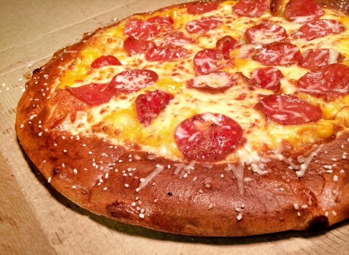 La historia de como pedir una pizza le salvó la vida