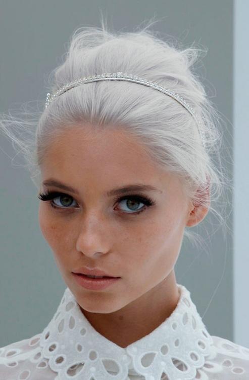 ¡Canas al aire!: el pelo gris está de moda