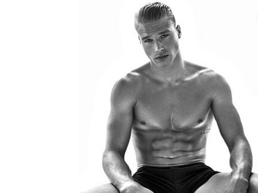 Matthew Noszka desnudo: del selfie en Instagram a una campaña de Nike