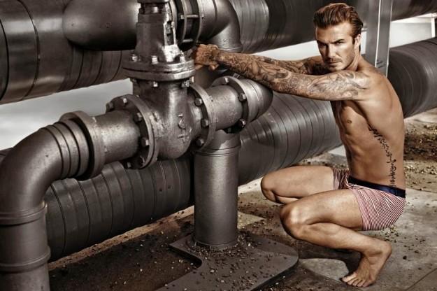 David Beckham desnudo y más guapo que nunca para H&M