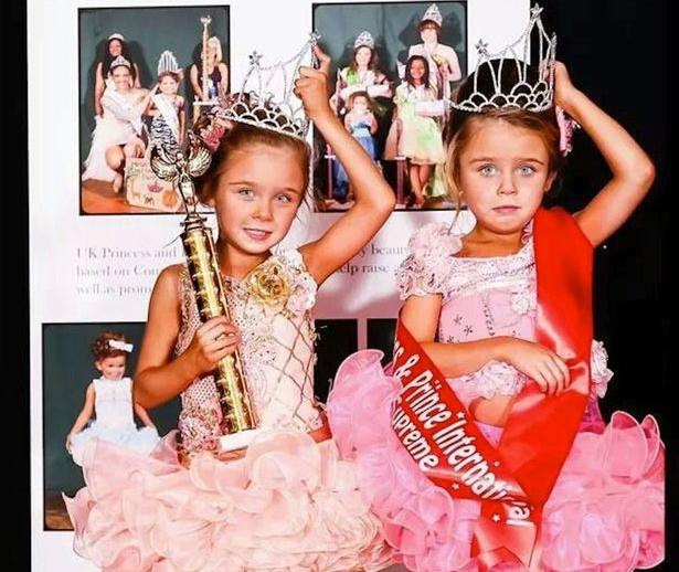 Nueva polémica por los concursos de belleza infantil: la vida de esta madre se ha convertido en un infierno