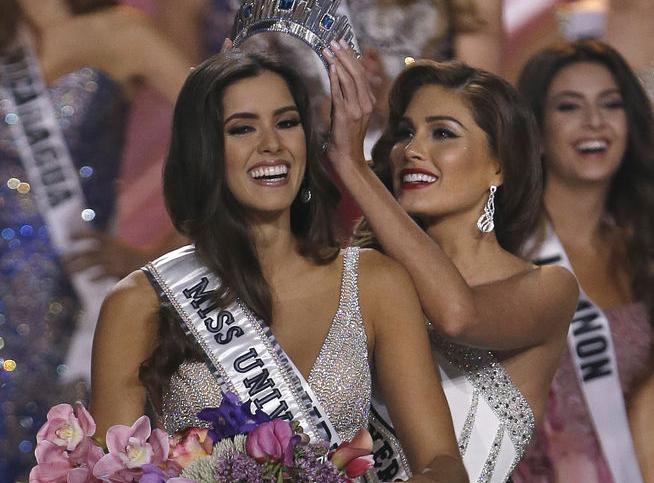 La colombiana Paulina Vega es elegida Miss Universo